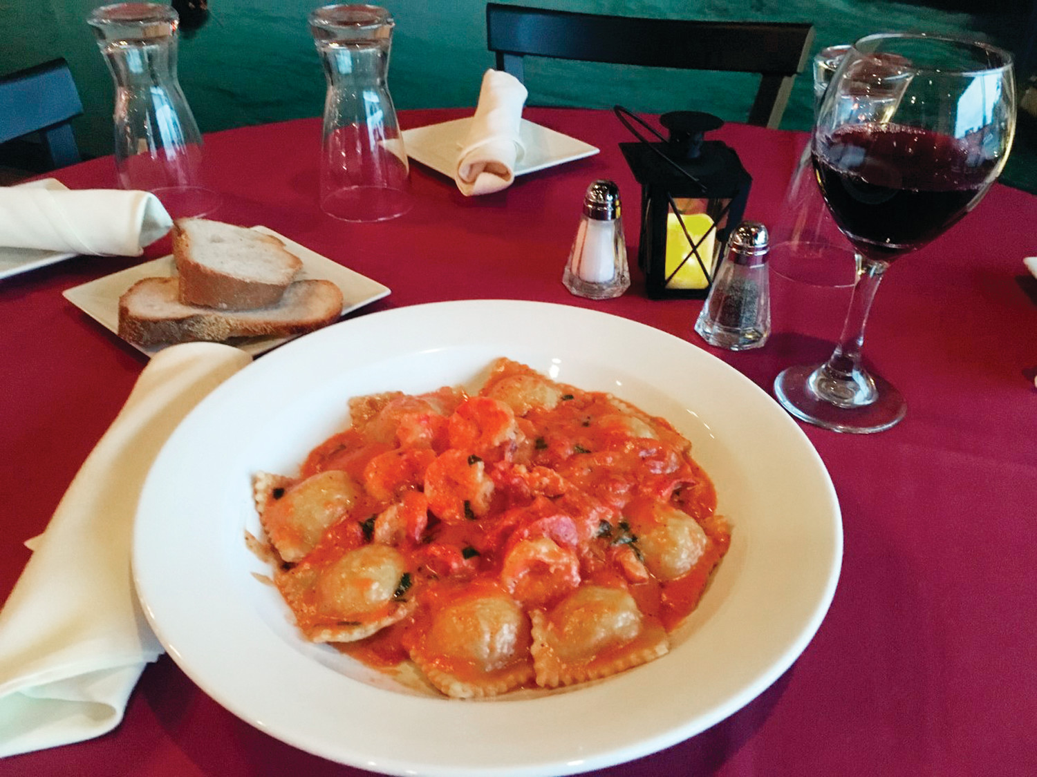 Come To Benvenuto Restaurant Lounge Cranston S Newest Culinary Destination And Indulge Your Ee