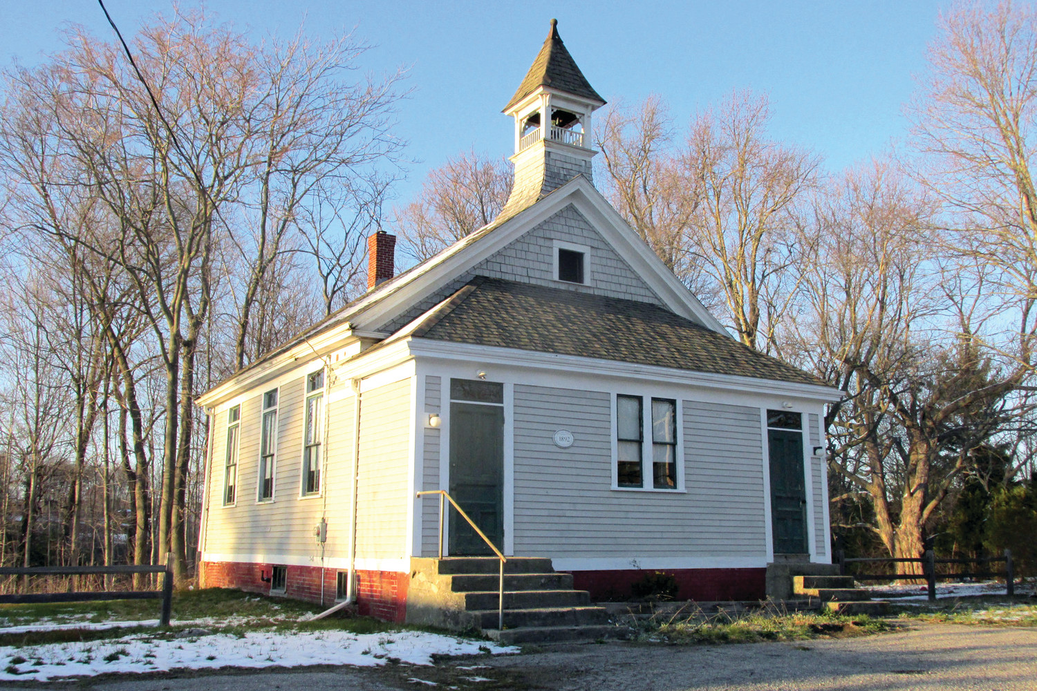 READY FOR RESTORATION: The historic Belknap School on Greenville Avenue will soon get a major facelift after a restoration project was recently approved.  (Sun Rise photo)