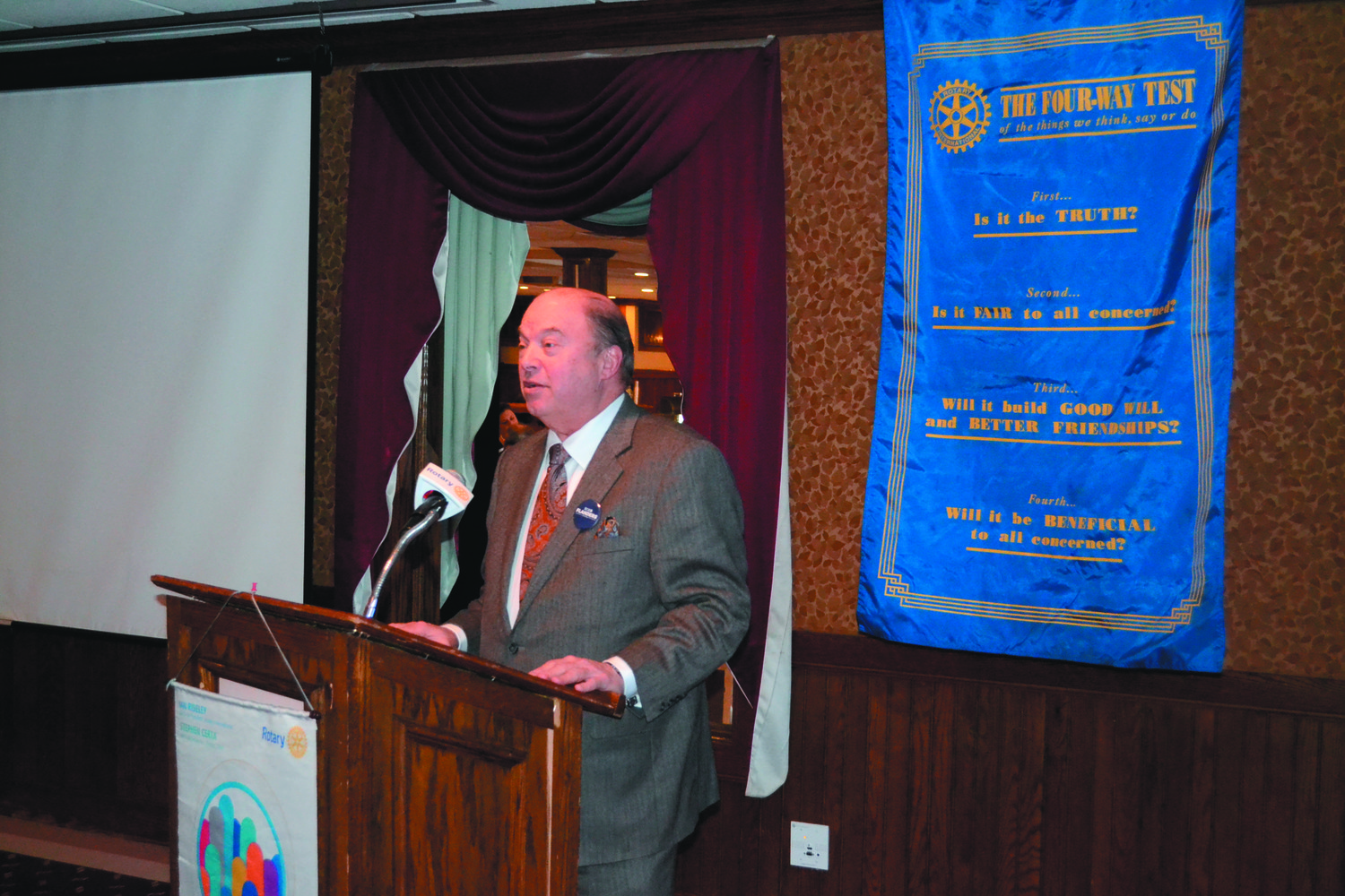 STRAIGHT TALK: Bob Flanders delivered a soft-spoken but targeted speech on Thursday afternoon at Chelo's to a full room of Warwick Rotarians.