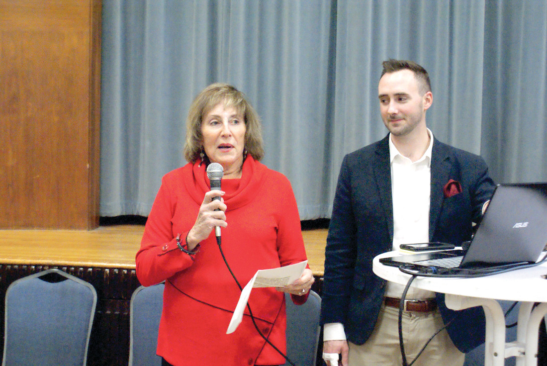 GREETINGS: Maureen Krasnow, chair of the Trivia Night at Temple Sinai, provided greetings and introduced the trivia master, Patrick Wyllie from Eternal Events.