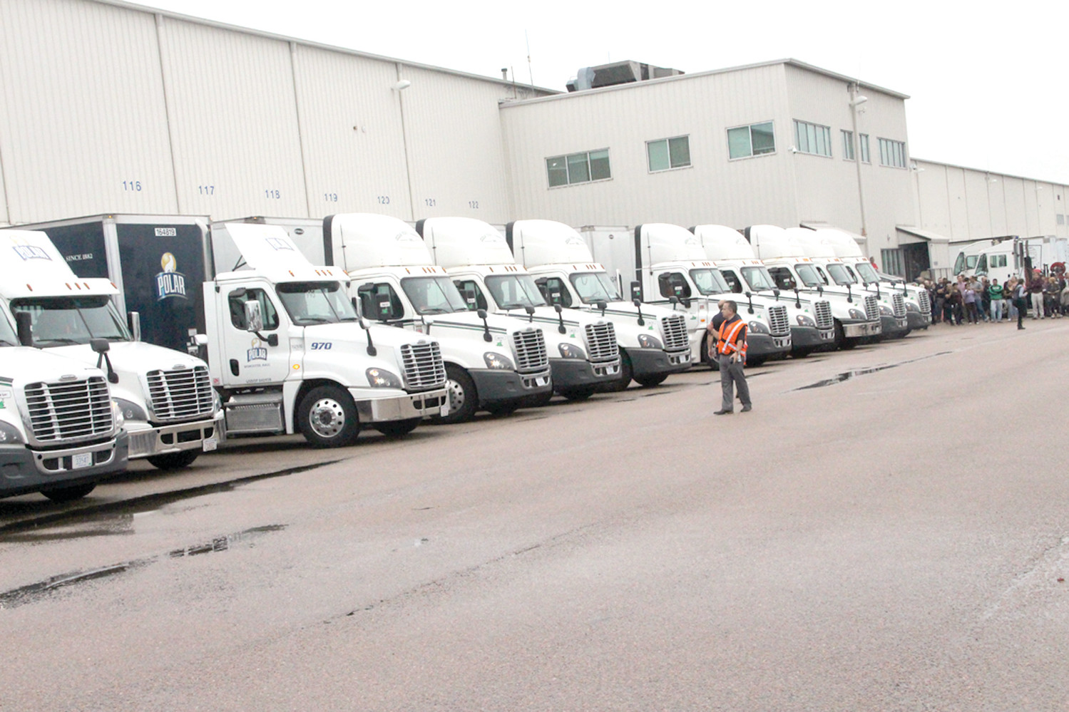 Job Lot convoy rolls to deliver 11 million meals | Warwick