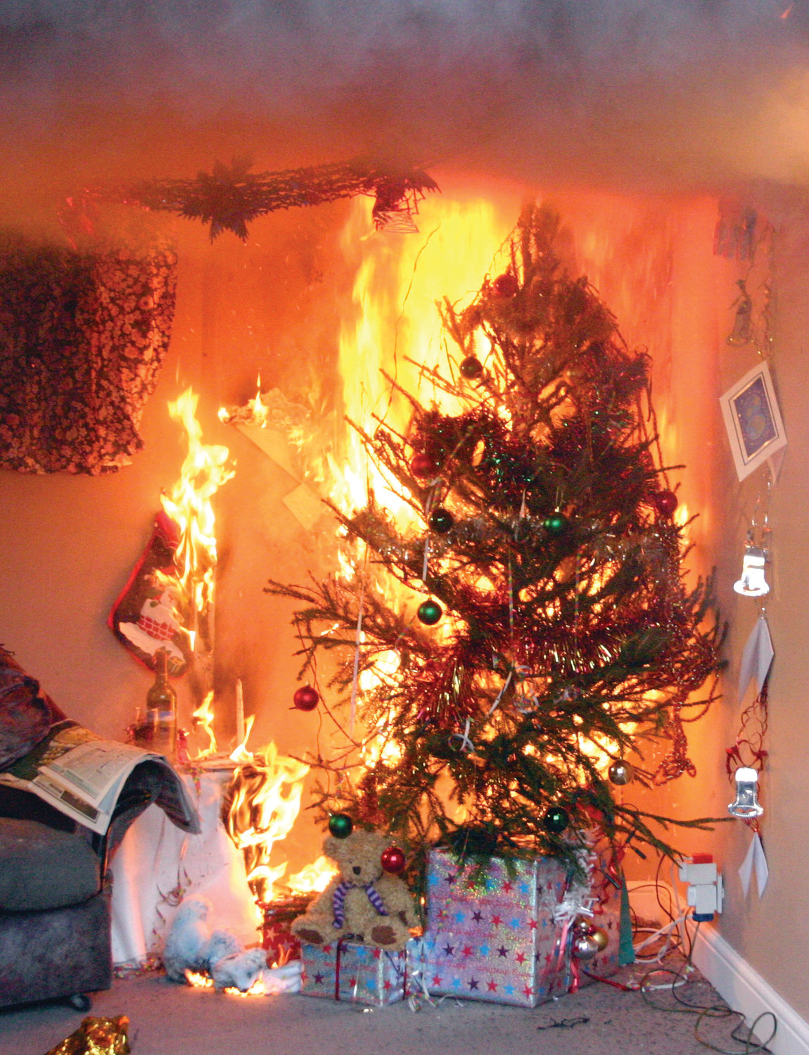 IT ONLY TAKES A SECOND: On average, one of every 32 reported home Christmas tree fires resulted in a death. JFD Chief Peter Lamb recommends that cut trees be watered daily to keep them fresh and prevent them from drying out.