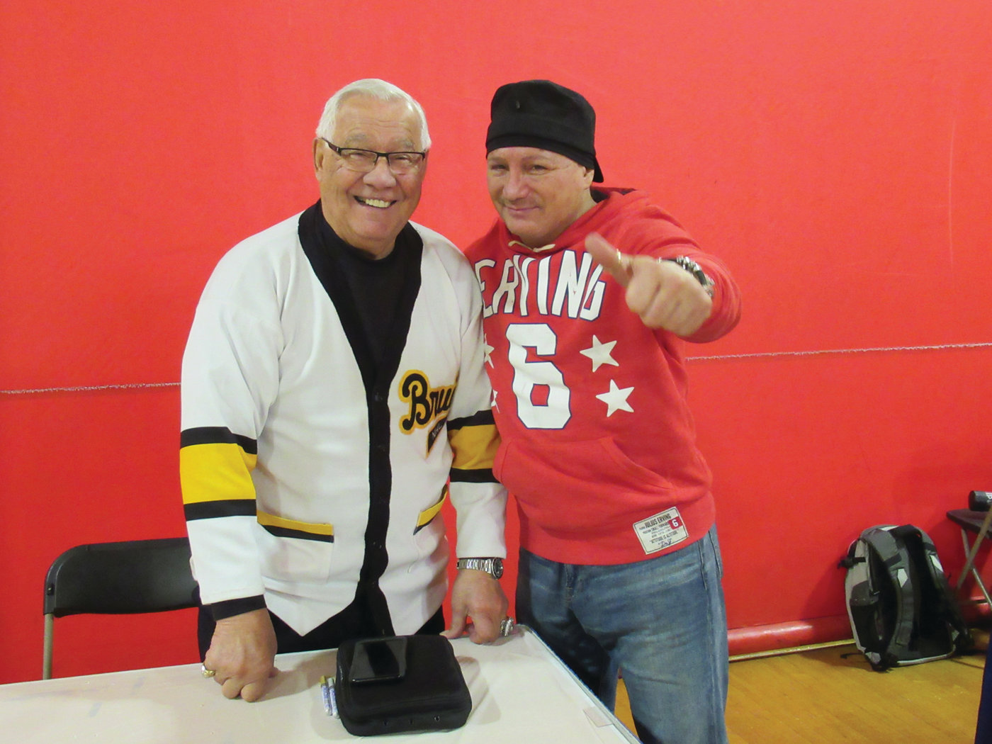 LINKED LEGENDS: Former Boston Bruins Hockey Hall of Famer John Bucyk and one-time World Champion boxer Vinny Paz were among the celebrities at last weekend's 41st Annual Card Show.