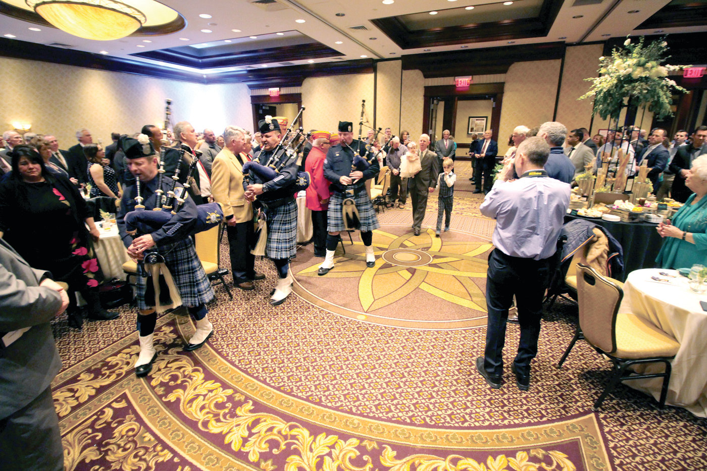 GRAND 