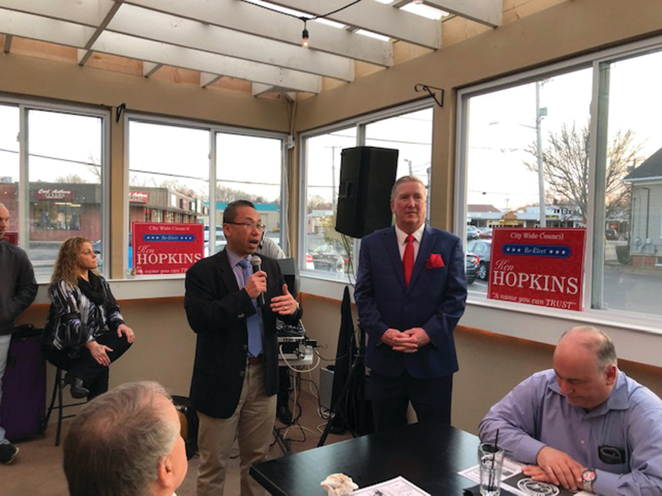 Mayor Allan Fung speaks during a 2019 fundraiser for Citywide Councilman Ken Hopkins. Fung on Monday endorsed Hopkins' bid to succeed him as mayor.