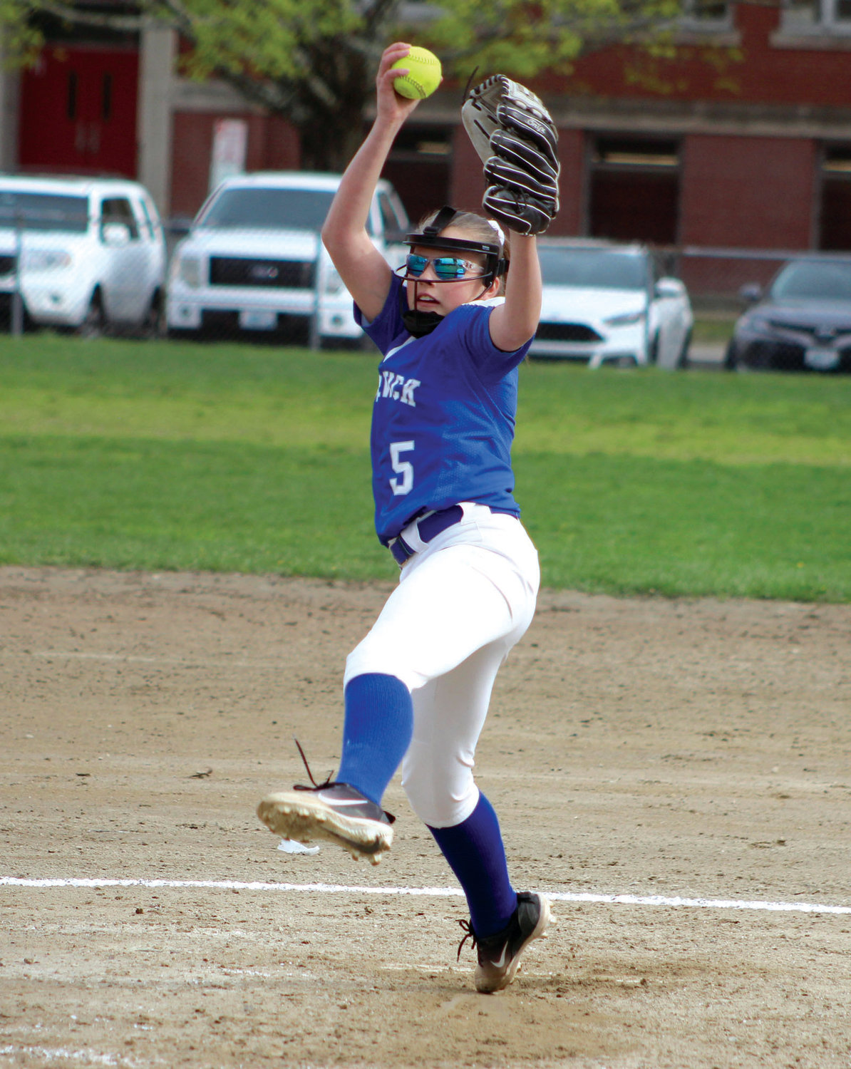 IN THE CIRCLE: Vets' Alyssa Twomey delivers a pitch against Bain.