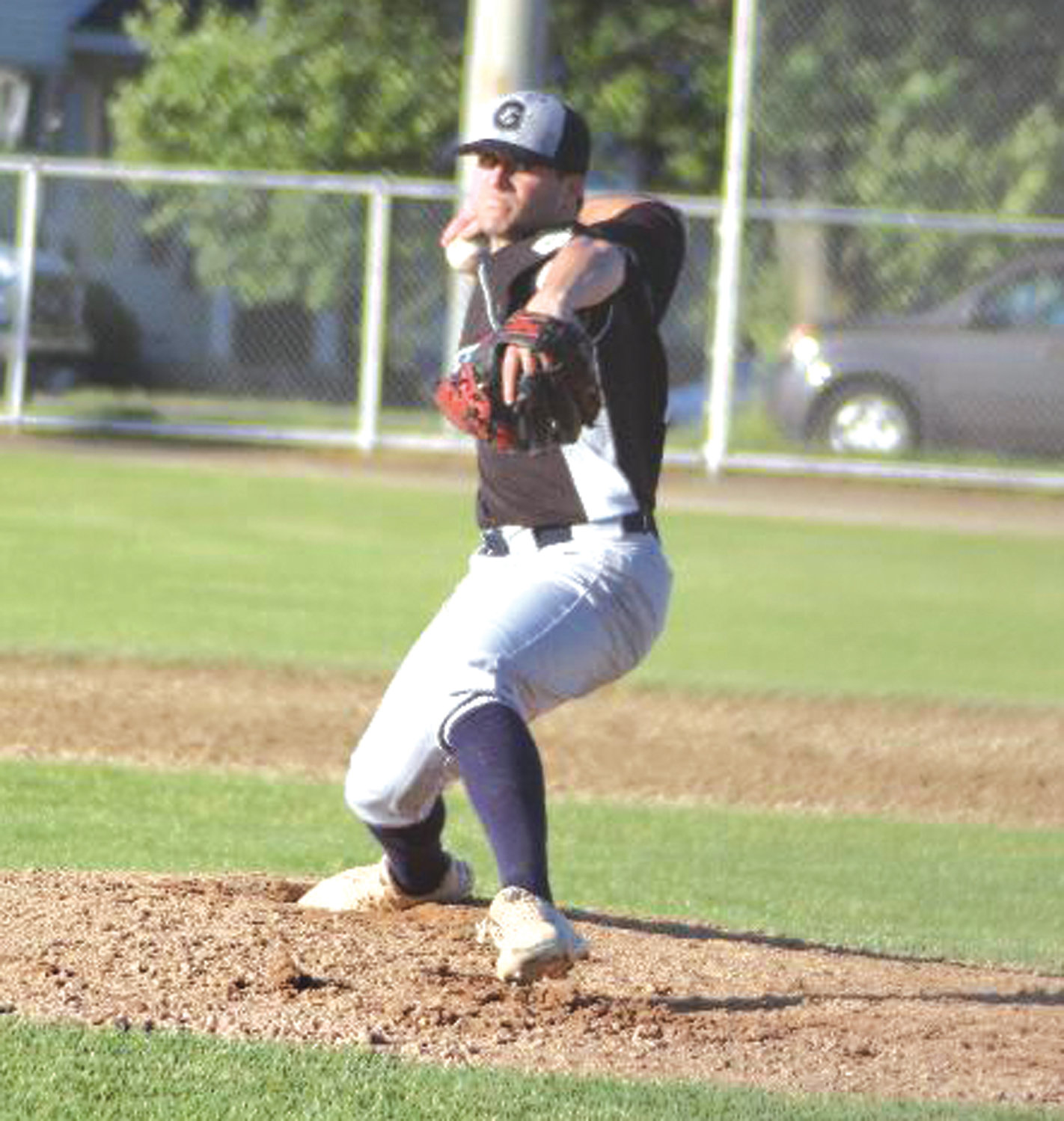 ON THE BUMP: Gershkoff pitcher Seth Daly delivers.