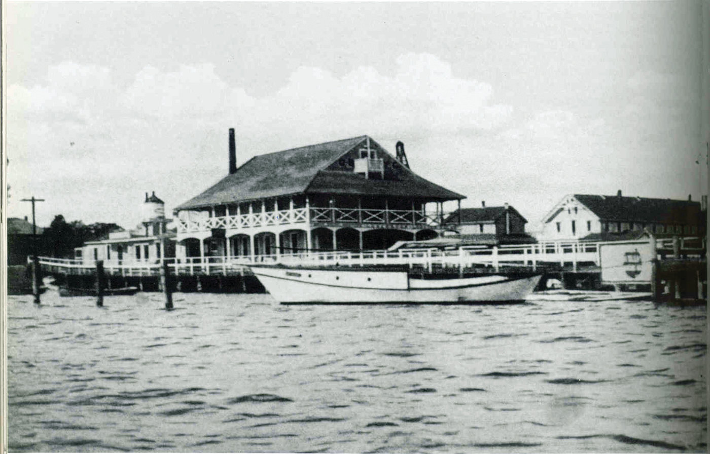A SURVIVOR: While the Oakland Beach Yacht Club, at left, didn't make it through the Great 1938 Hurricane, the then hotel and now home to Cozy Caterers survived.