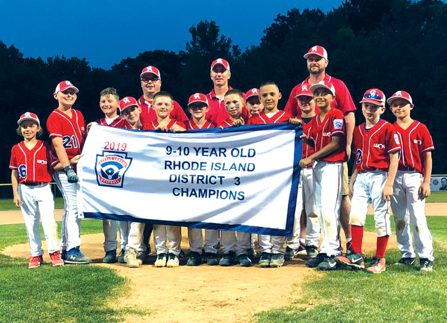DISTRICT CHAMPS: The Warwick Continental American 10-year-old All-Stars.