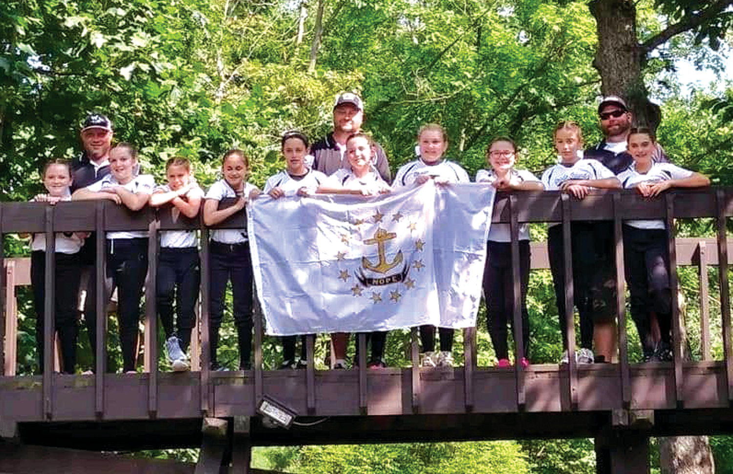 ROAD TRIP: The Warwick North 10 year old softball team during its trip to the Eastern Regionals in Pennsylvania.