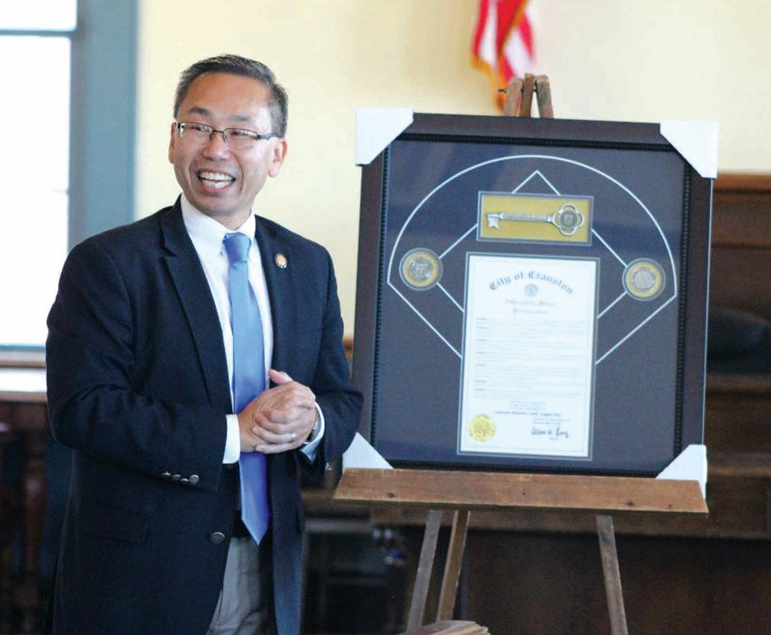 KEY TO THE CITY: Mayor Allan Fung presents CWLL with the key to the city last week at city hall.