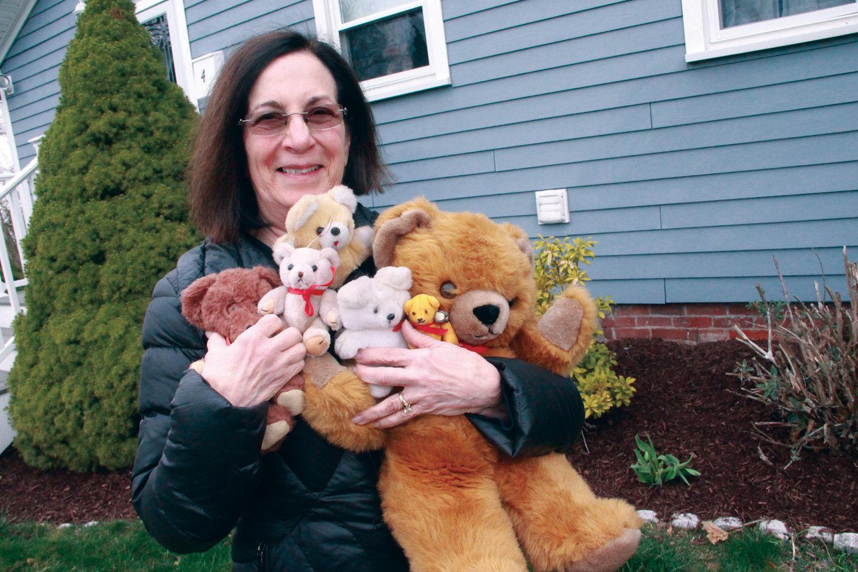 Hunting for Teddy Bears is Lifting Kids' Spirits