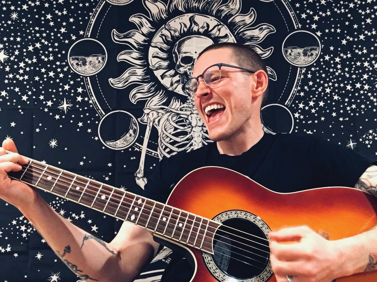 "'TO TELL A LARGER STORY': Pascoag singer-songwriter Rich Polseno takes the idea behind a rock opera and puts it all into one track with his new release, ""The Pews Are Ajar."""